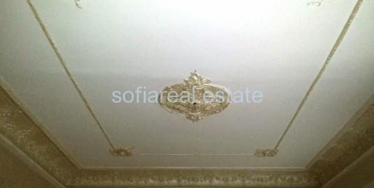 ПРОДАДЕН!!!  Етаж от аристократична къща в центъра на София