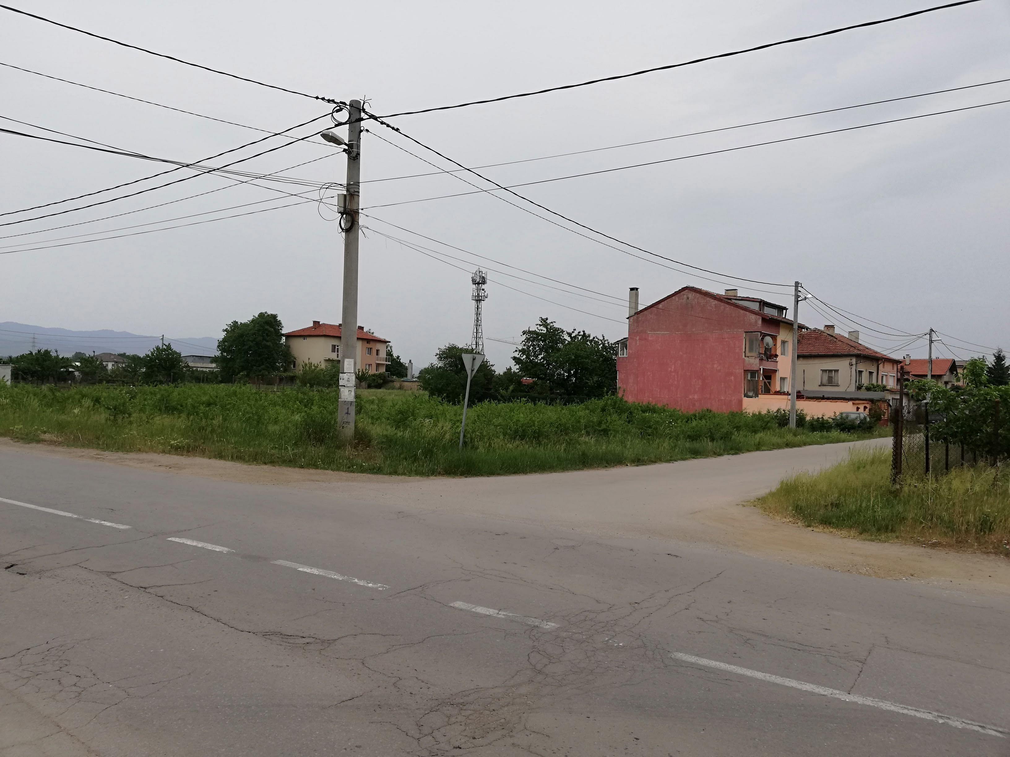 Ъглов парцел за къща в Чепинци